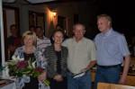 Stanis Frau die Chefin Stani und Juniorchef Christian Lechner bei der Gratulation zu Stanis 50. Geburtstag