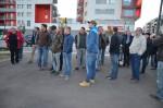 Die Mitarbeiter der Baufirma Lechner warten gespannt auf die Ausführungen von Herrn Mag. Slabschi
