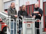 Rudi und Zollner Hermann im Korb