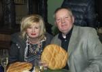Stanislaw Leszko mit seiner Frau bei der stimmungsvollen Weihnachtsfeier auf Schloss Rosenburg