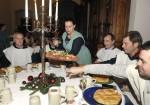 Zum Essen gab`s genug beim Rittermahl der Baumfirma Lechner